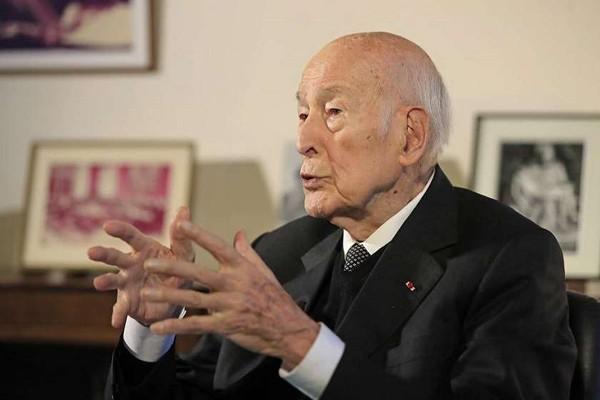 საფრანგეთის ყოფილი პრეზიდენტი, ვალერი ჟისკარ-დ'ესტენი 94 წლისა გარდაიცვალა