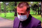 gawie-myrali-mikrofoni-pirSi-mTxri-da-suni-asdis---aWaris-policiis-ufrosi-Jurnalists-video