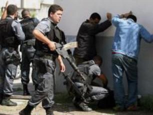 policiis-uflebebi-usazRvrod-izrdeba
