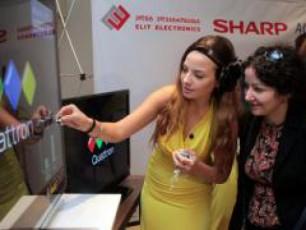 elit-eleqtroniqsis-maRaziebSi-SHARP-is-unikaluri-televizorebi-gaiyideba