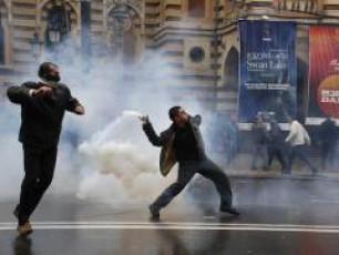 evropam-mxari-unda-dauWiros-demokratiisTvis-mebrZolebs-da-ara-diqtatorebs