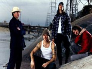 Red-Hot-Chili-Peppers-is-axali-albomi