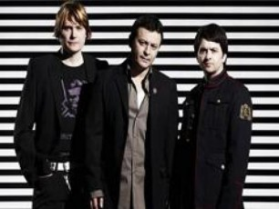 Manic-Street-Preachers-s-vokalistis-Secvla-surs