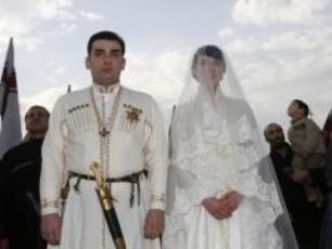 giorgi-oTxmezuri-patriarqma-brZana-rom-qarTuli-eklesiis-wiaRSi-unda-gaizardos-da-Camoyalibdes-taxtis-momavali-memkvidre