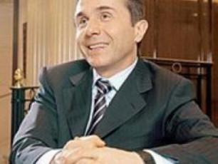 xelisufleba-biZina-ivaniSvils-rus-oligarqad-gamoacxadebs