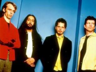 jgufi-Soundgarden-brundeba