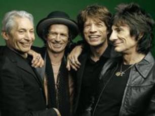 The-Rolling-Stones-axal-albomze-muSaobas-iwyebs