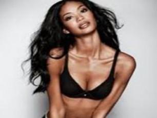 SurisZieba-seqsi-da-siyvaruli---Victorias-Secret--is-angelozi-axal-filmSi