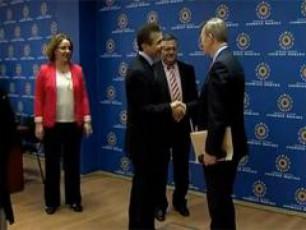 qarTuli-ocnebis-liderebi-liberaluri-internacionalis-delegacias-Sexvdnen-VIDEO