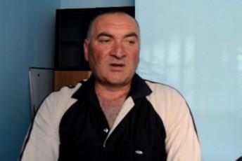 saqaSeTSi-policiam-qarTuli-ocnebis-mxardamWers-manqana-waarTva-VIDEO