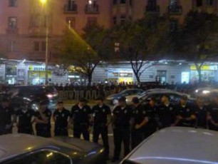 policiis-mier-manifestantebis-gzis-savali-nawilidan-gandevnaVIDEO