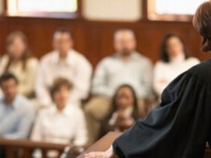ნიკო ნიკოლაძე მოსამართლეებისა და ნაფიც მსაჯულთა სასამართლოს შესახებ