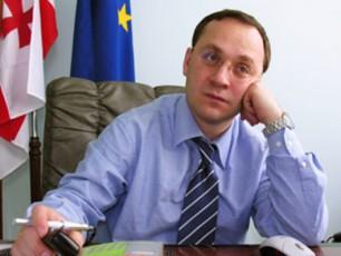 gia-cagareiSvili-biZina-ivaniSvilisTvis-moqalaqeobis-CamorTmeviT-xelisuflebam-qarTuli-politika-krizisSi-moaqcia