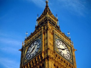 londonis-simbolos-Big-Ben-s--elizabet-meoris-saxeli-mianiWes