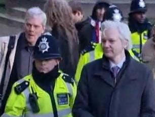 Wikileaks--damfuZnebelis-Txovnaze-ekvadori-fiqrobs