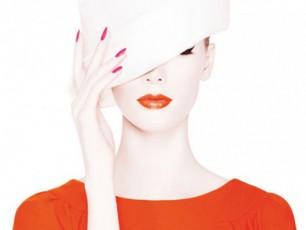 Dior-is--mkveTri-feris-sazafxulo-kosmetika-VIDEO