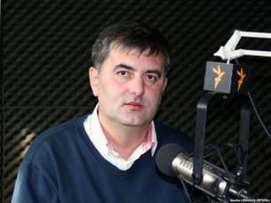 sozar-subari-saakaSvilma-qvebis-sroliT-daiwyo-politikuri-kariera-da-qvebis-sroliTve-daamTavrebs