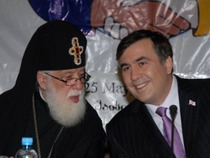 saakaSvili-patriarqi-dgas-iq-sadac-xalxs-yvelaze-metad-sWirdeba-nugeSi-da-Tanadgoma