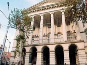 muzeumidan-awyuris-da-zarzmis-RvTismSoblis-xatebis-gatanas-xeli-arc-erTma-TanamSromelma-ar-moawera