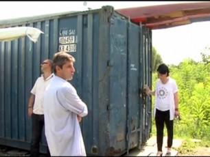 erT-konteinerSi-ganTavsebuli-saniCbosno-baza