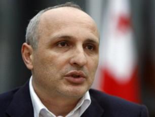premier-ministrma-vazianis-samxedro-bazaze-Tavdacvis-sferoSi-axali-saxelmwifo-koncefcia-waradgina