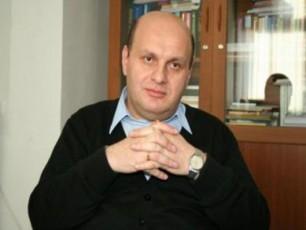 nodar-xaduri-finansTa-ministrad-Cemi-SesaZlo-daniSvnis-Sesaxeb-informacia-Jurnalistebis-mosazrebaa