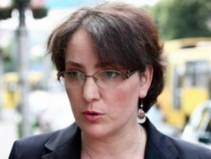 Tina-xidaSeli-miiCnevs-rom-saxalxo-damcvelis-arCevis-procesi-arasworad-mimdinareobs