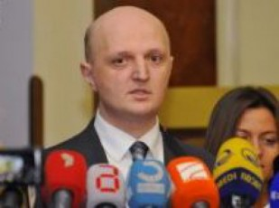 kote-kublaSvili--komisiis-arasaTanado-modelma-SesaZloa-samoqalaqo-dapirispireba-gamoiwvios