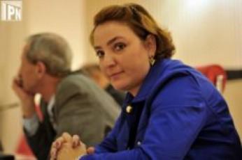 komunikaciebis-komisiis-saqmianobis-Semswavlel-droebiT-sagamoZiebo-komisias-Tina-xidaSeli-uxelmZRvanelebs