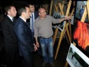 okupaciis-muzeumSi-fotogamofena-2008-wlis-agvistos-omi-gaixsna