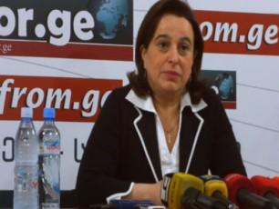 kobaxiZe-saakaSvili-opozicioner-momitinges-ufro-hgavda-vidre-qveynis-pirvel-pirs