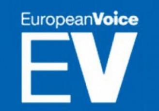 European-Voice---Stefan-fule-mixeil-saakaSvilsa-da-biZina-ivaniSvils-Soris-or-cecxls-Suaa