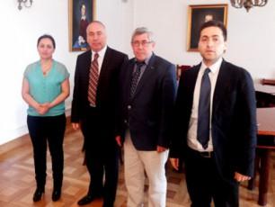 Tbilisis-saswavlo-universiteti-saerTaSoriso-kontaqtebs-afarToebs