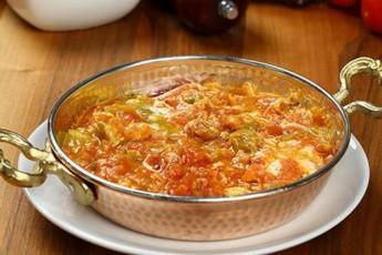 rogor-movamzadoT-Turquli-omleti-menemeni