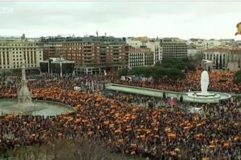 madridSi-demonstrantebi-vadamdel-saparlamento-arCevnebs-iTxoven
