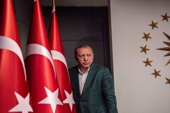 erdoRanis-partiam-stambolic-waago---TurqeTis-did-qalaqebSi-opoziciam-gaimarjva