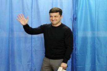 ukrainis-saprezidento-arCevnebSi-zelenski-liderobs---meore-turi-21-aprils-Catardeba