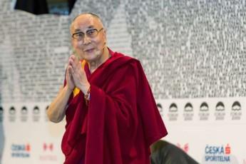 dalai-lama-delis-saavadmyofoSi-gadaiyvanes