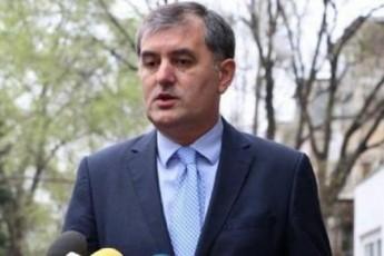 biZina-ivaniSvilis-damsaxureba-Zalian-didia-qveynis-winaSe-swored-amitomaa-igi-dartymis-obieqti