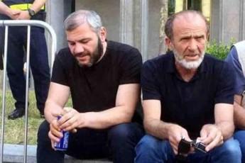 ratom-aRar-dganan-erTad-maCalikaSvili-da-saraliZe