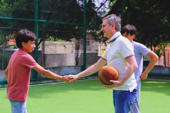 ias-baRSi-mdebare-sportul-moedans-reabilitacia-Cautarda