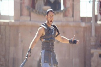 oskarosani-gladiatoris-prodiuserebi-filmis-meore-nawils-gvpirdebian