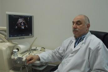 ar-aris-lado-is-adamiani-maTikaSviliviT-gamovides-mwvave-debatebSi-CaerTos-politikaSi-SemosvliT-man-dro-mohpara-Tavis-pacientebs