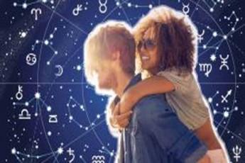 rogor-esmiT-romantika-zodiaqos-niSnebs