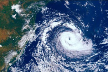 Zlier-taifuns-iaponiaSi-msxverpli-mohyva