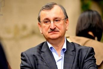 xazaraZis-moZraoba-ivaniSvilis-oligarqiuli-reJimis-demontaJs-xels-Seuwyobs