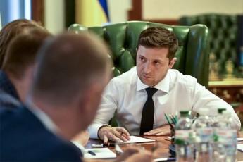 ukrainaSi-zelenskisa-da-putins-Soris-satelefono-saubris-gasajaroebas-iTxoven