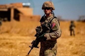 amerikeli-jariskacebis-nawili-siriaSi-darCeba