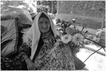 msoflioSi-uxucesi-qali-127-wlisa-gardaicvala