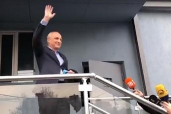mTeli-politikuri-elita-marto-imitom-unda-ganadgurdes-politikurad-rom-vanos-gamosvla-movlenad-iqca